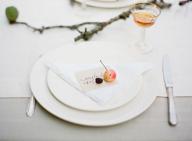 minimalistyczne wesele stół