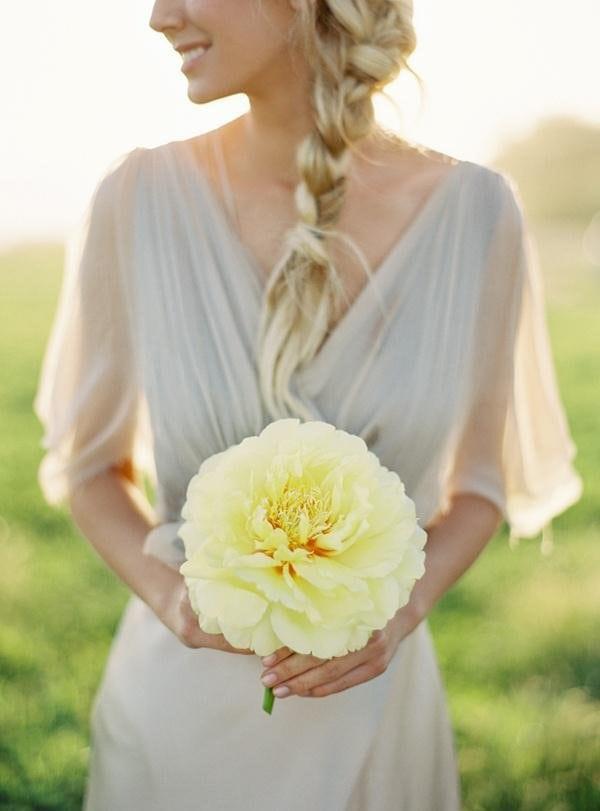 jeden-kwiat-zamiast-bukietu-slubneg