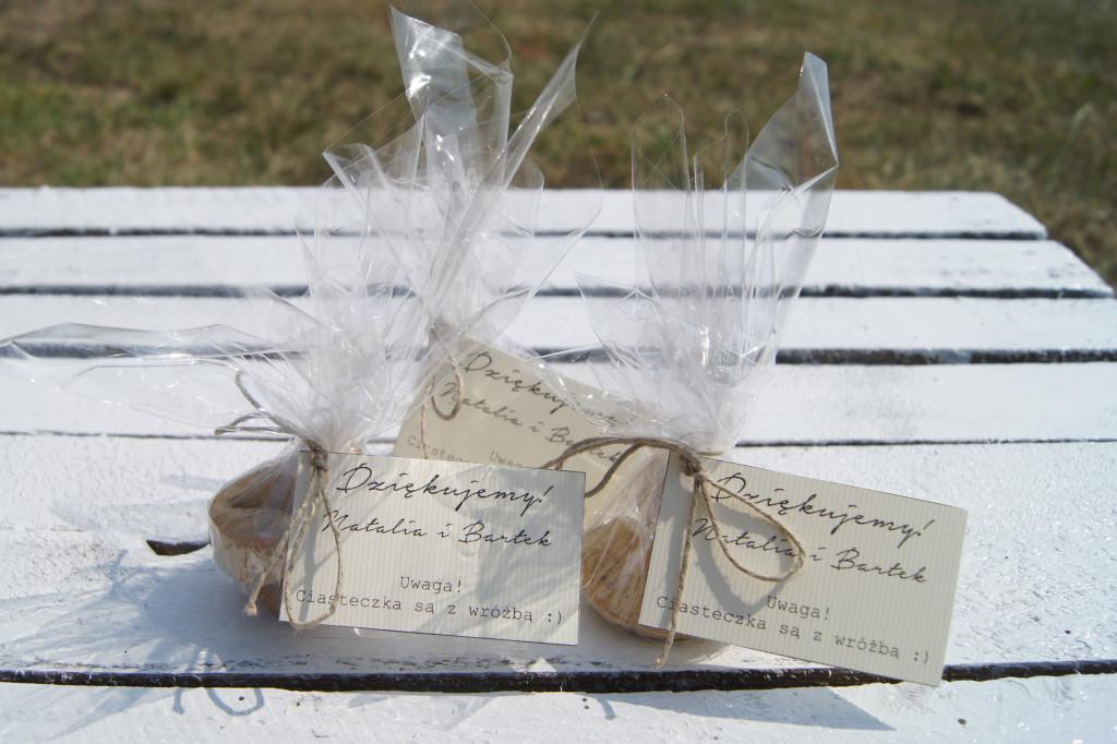 ciasteczka-dla-gości-weselnych