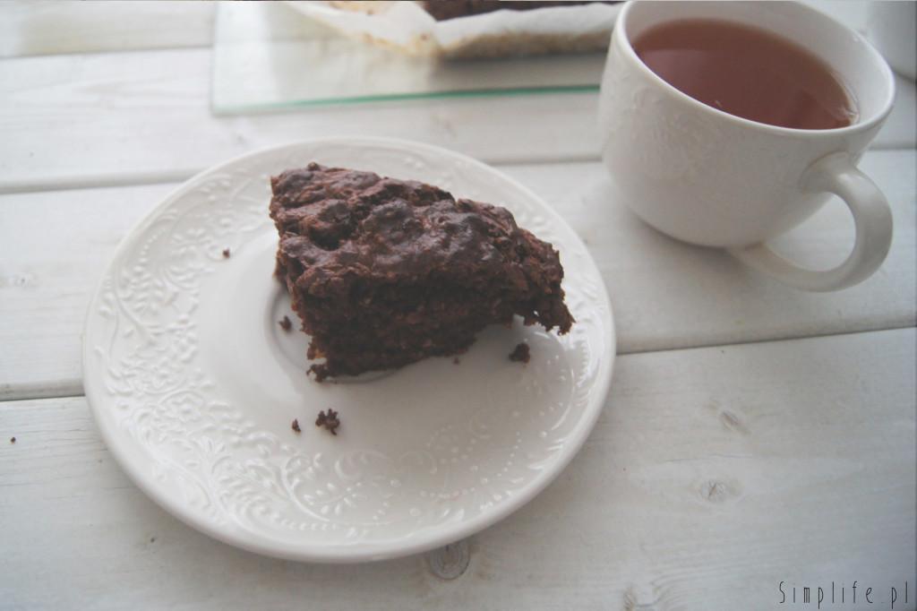 szybkie-wegańskie-ciasto