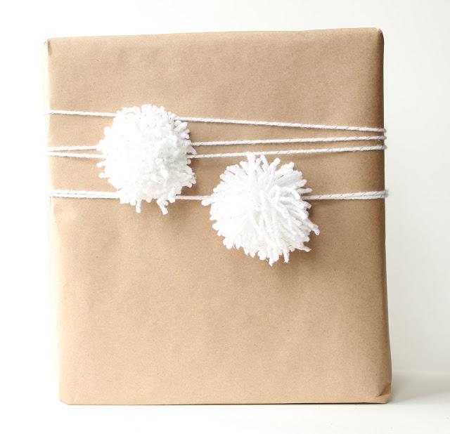 jak zapakować prezent świąteczny
