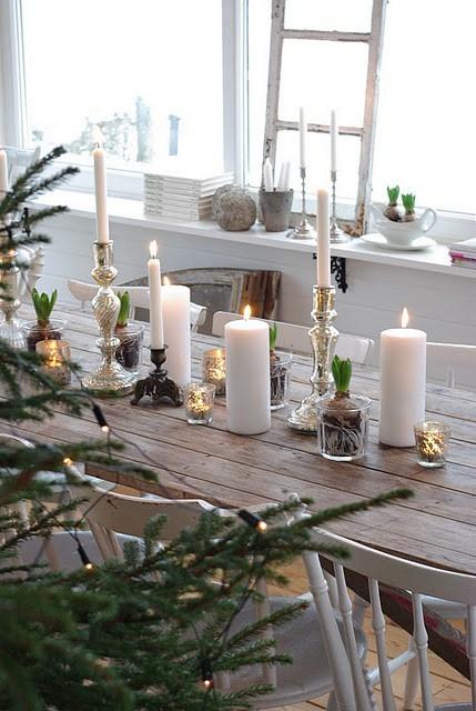 stół wigilijny świece