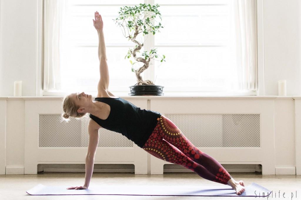 joga-mięśnie-brzucha