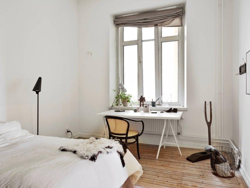 biurko sypialnia