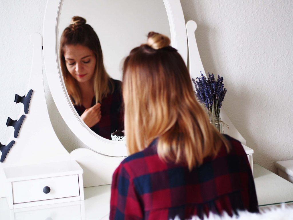 proste fryzury półdługie włosy