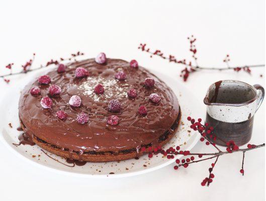 Wegański tort czyli wegański biszkopt z kremem czekoladowym. + KONKURS