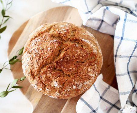 Prosty przepis na chleb… teściowej ;) Bez wyrabiania.