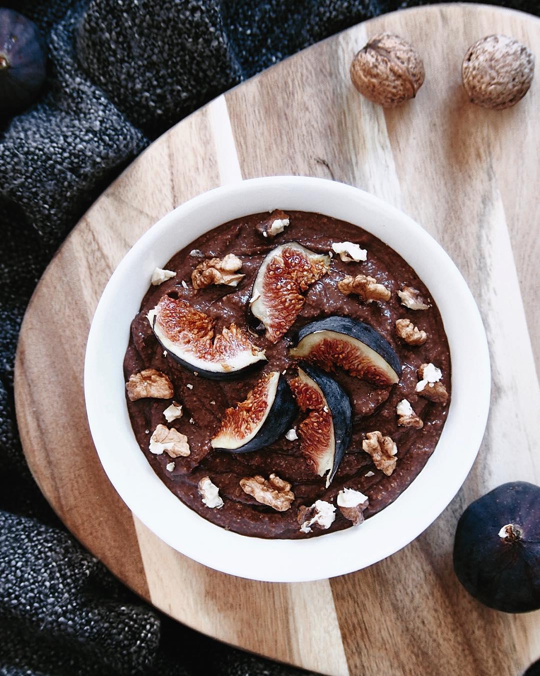 czekoladowy budyń jaglany na śniadanie