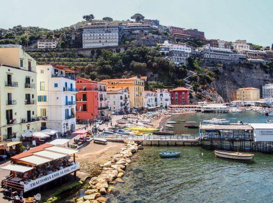 Tanie wakacje – 20 sposobów na podróż za małe pieniądze