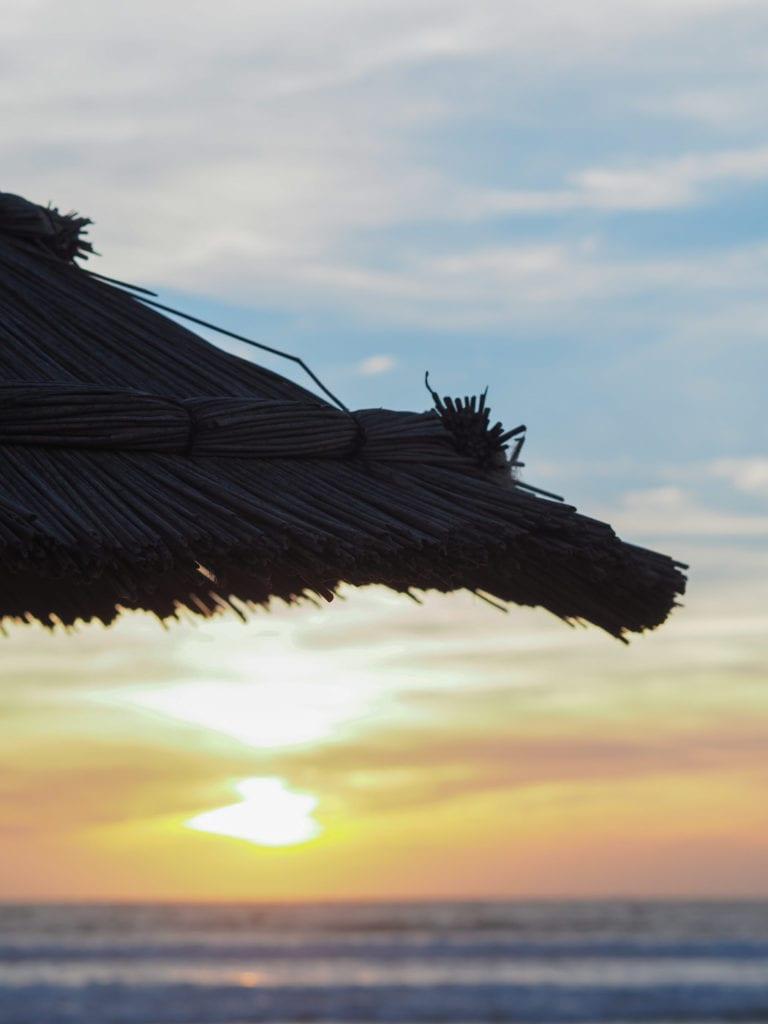 maroko zacgód słońca plaża