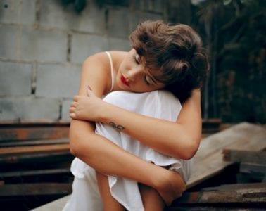 uwalnianie emocji smutek