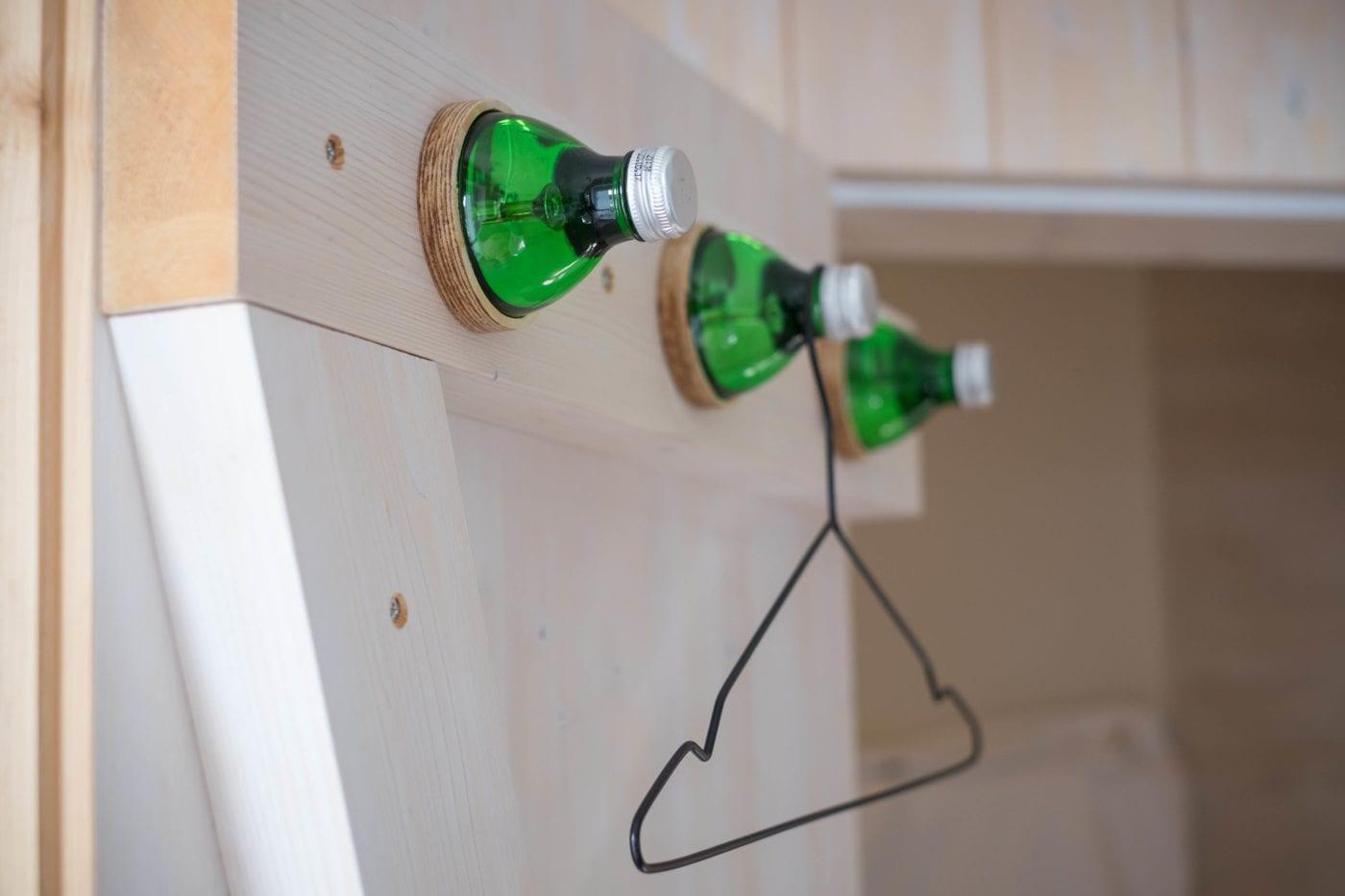 upcycling wieszak z butelek